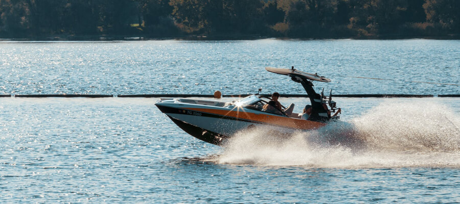 Featured image 6 Things You Should Know About Model Boats Buying model boats - 6 Things You Should Know About Model Boats